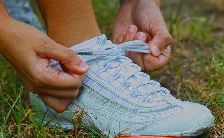 Picking the Right Pair of the Best Badminton Shoes: 2021 Buying Guide